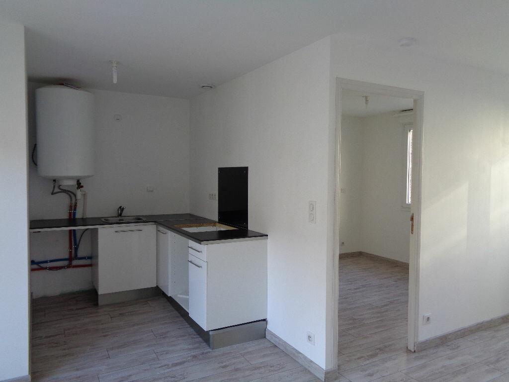Appartement à louer 2 34.55m2 à Reims vignette-2
