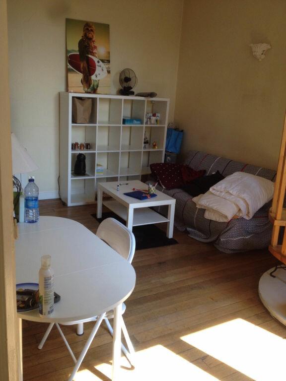 Appartement à louer 2 29.19m2 à Reims vignette-5
