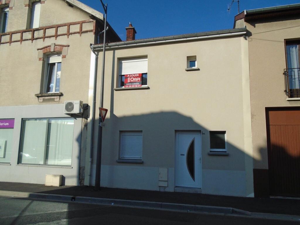 Appartement à louer 2 46m2 à Reims vignette-8