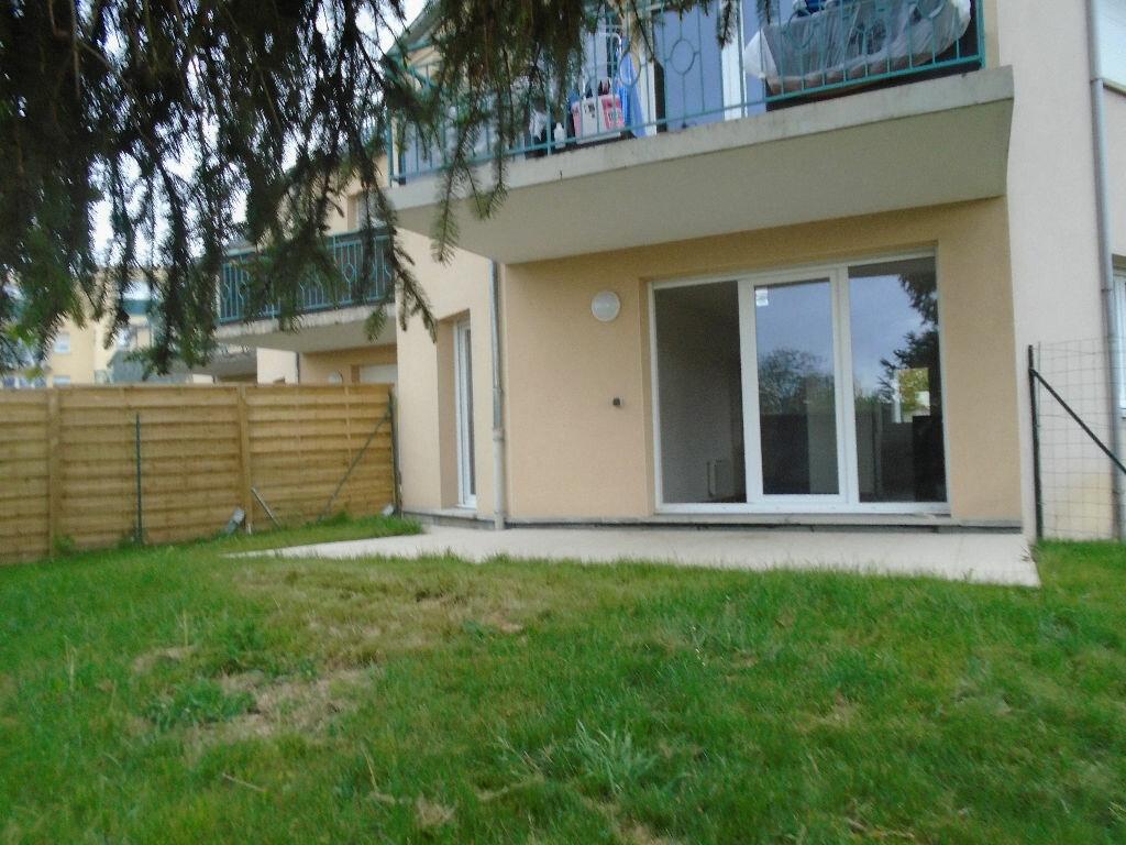 Appartement à louer 3 71m2 à Reims vignette-1