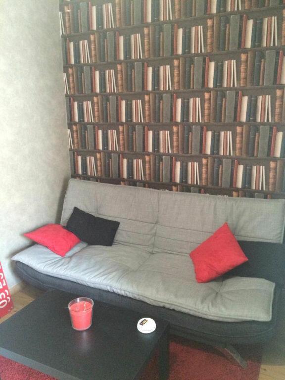 Appartement à louer 1 15m2 à Reims vignette-5