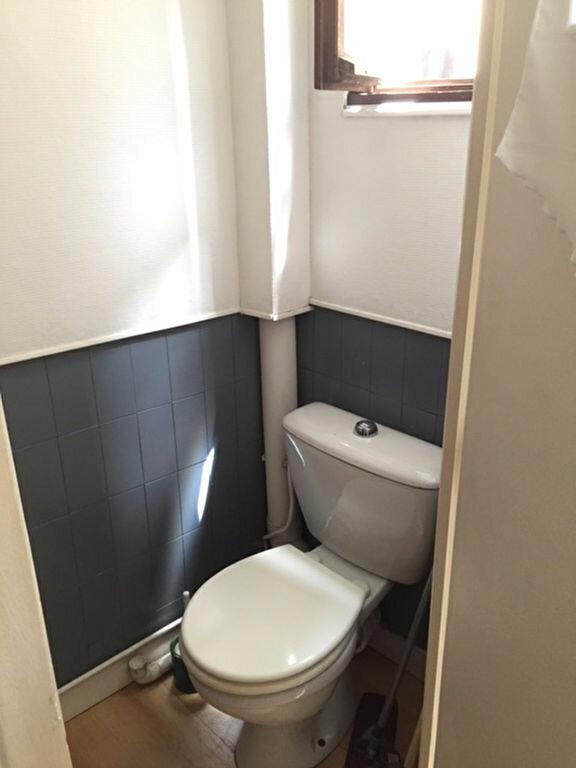 Appartement à louer 1 22m2 à Reims vignette-9