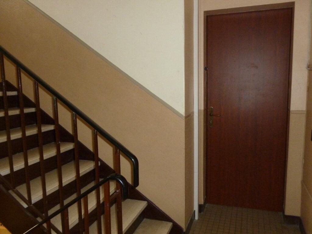 Appartement à louer 3 53m2 à Reims vignette-12