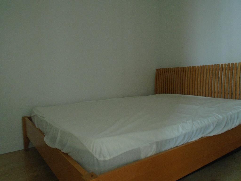 Appartement à louer 2 40.83m2 à Reims vignette-4