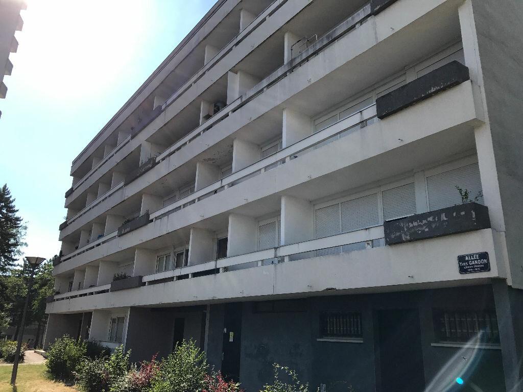 Appartement à louer 1 30.4m2 à Reims vignette-4