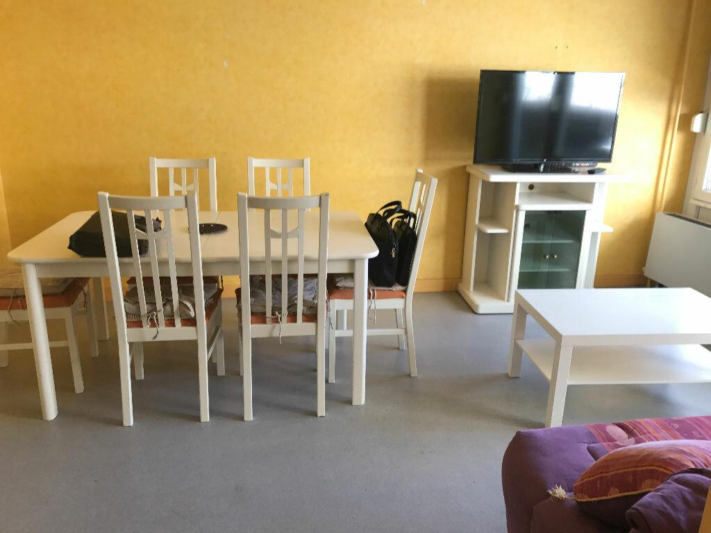 Appartement à louer 1 30.4m2 à Reims vignette-5