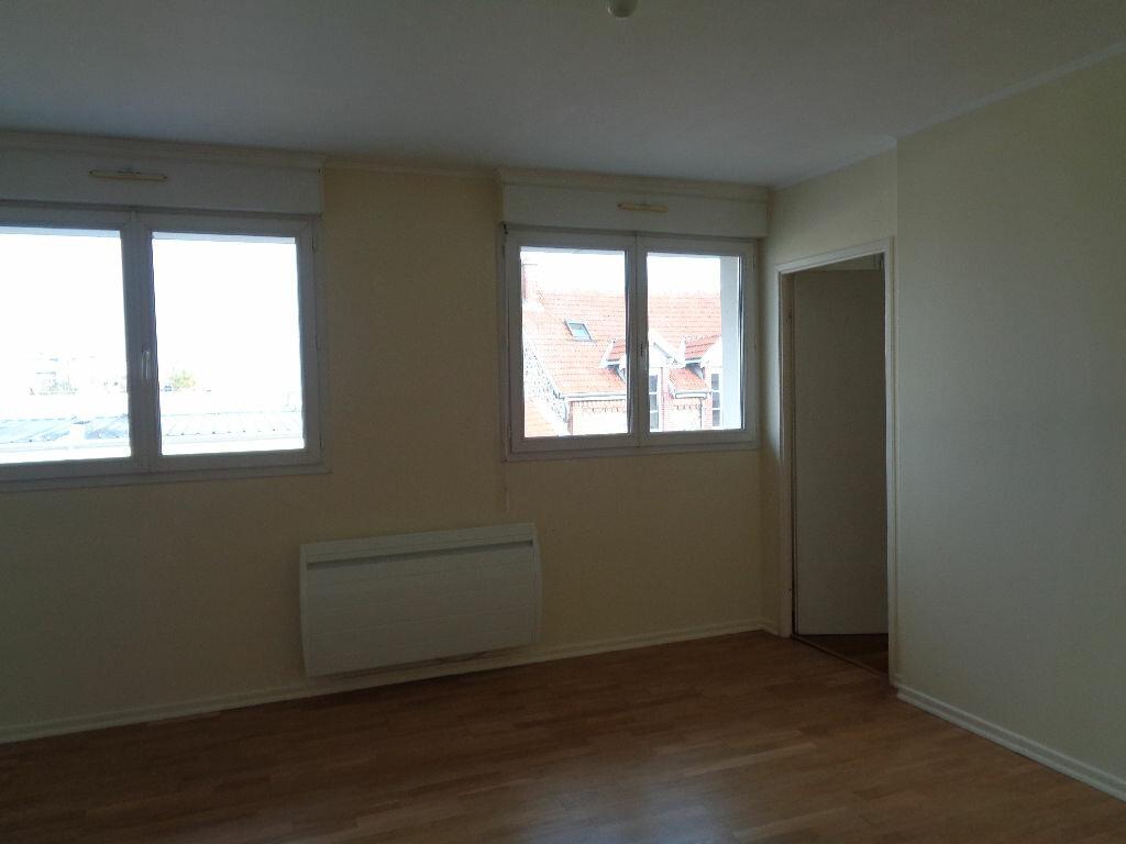 Appartement à louer 2 42.17m2 à Reims vignette-4