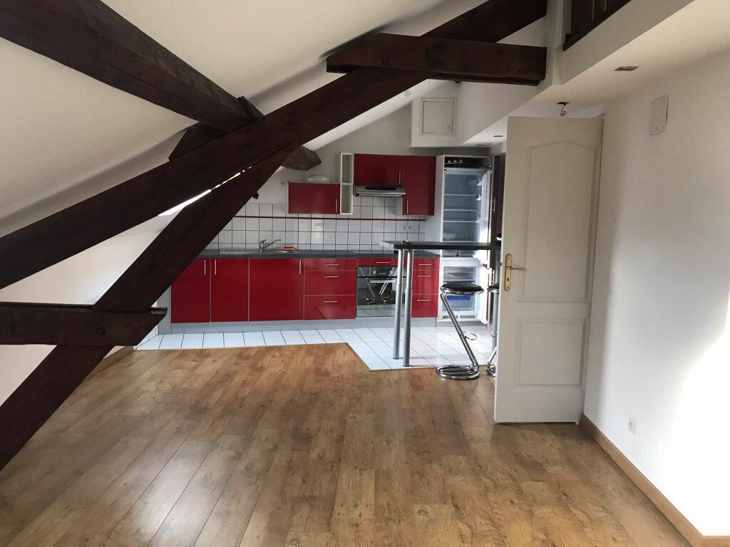 Appartement à louer 2 37m2 à Reims vignette-2