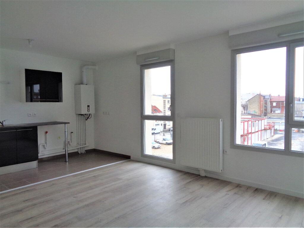 Appartement à louer 1 38.1m2 à Reims vignette-4
