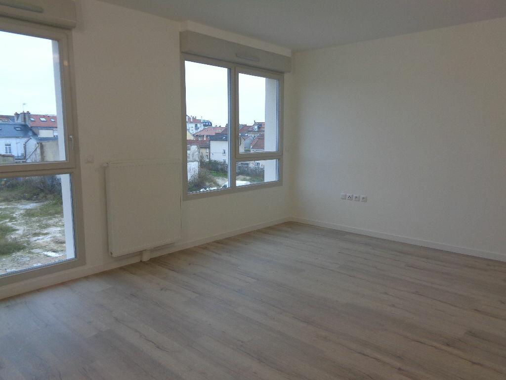 Appartement à louer 1 38.1m2 à Reims vignette-7