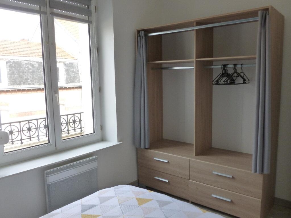 Appartement à louer 2 25.49m2 à Reims vignette-5