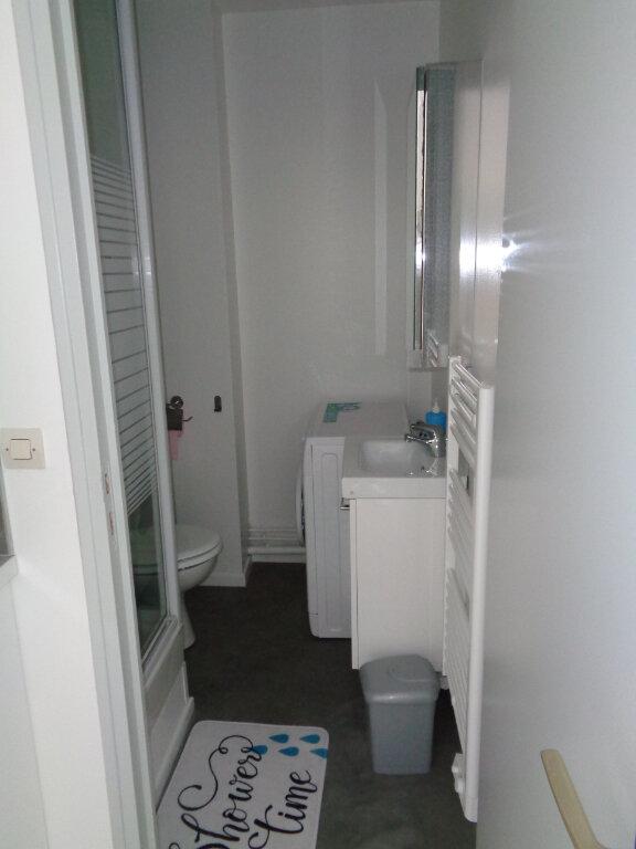 Appartement à louer 2 25.49m2 à Reims vignette-14