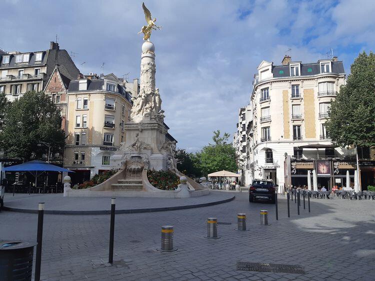 Appartement à louer 1 48m2 à Reims vignette-1