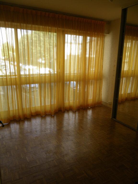 Appartement à vendre 5 99.35m2 à Reims vignette-4