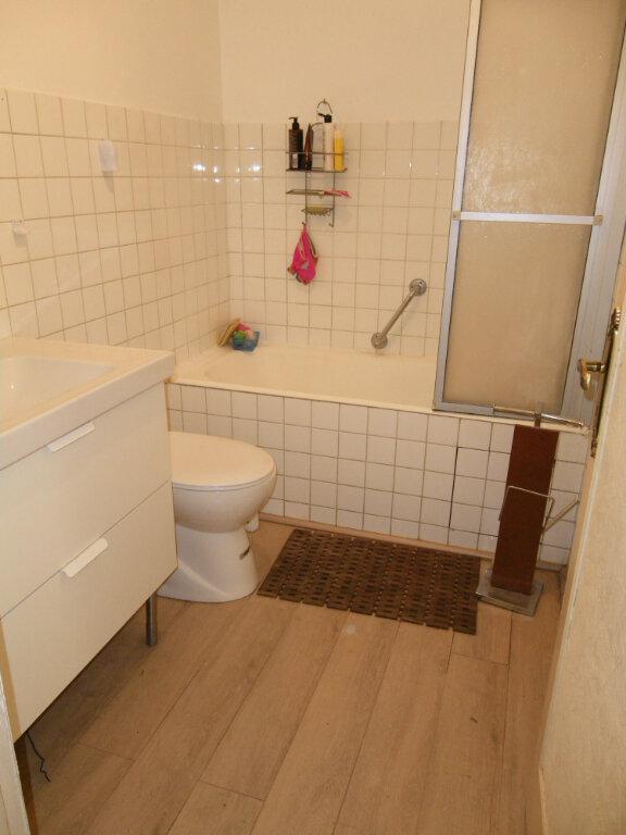 Appartement à vendre 5 99.35m2 à Reims vignette-7