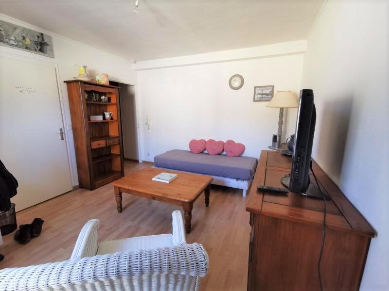 Appartement à louer 2 37m2 à Reims vignette-1
