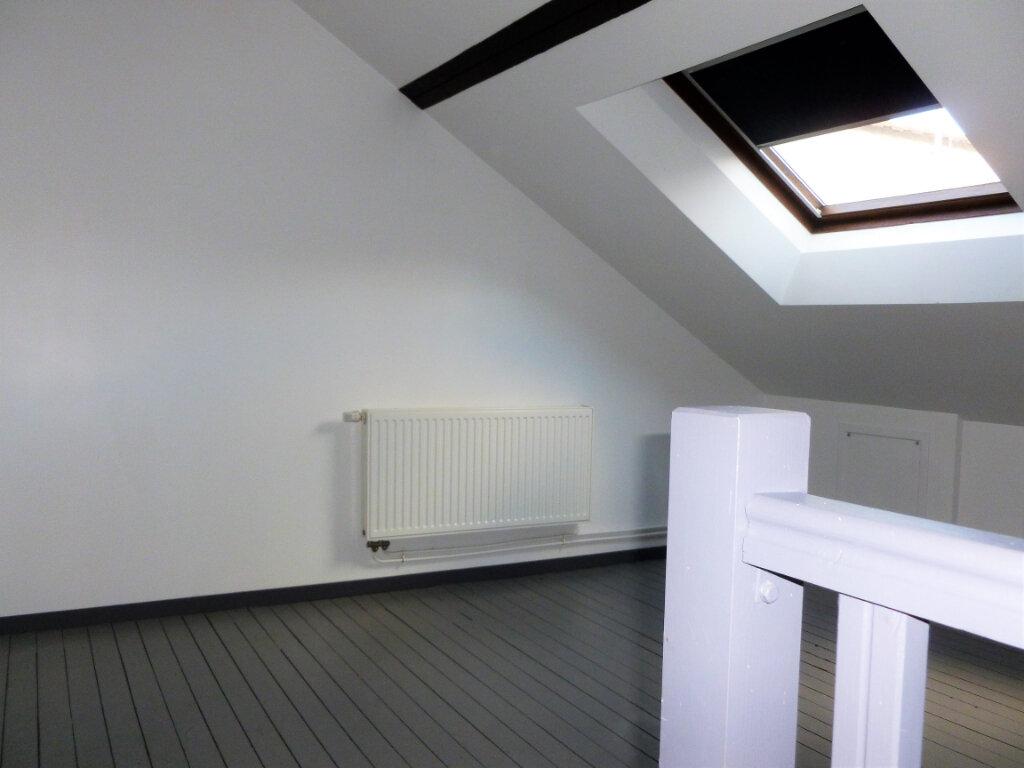 Appartement à louer 3 63m2 à Reims vignette-3