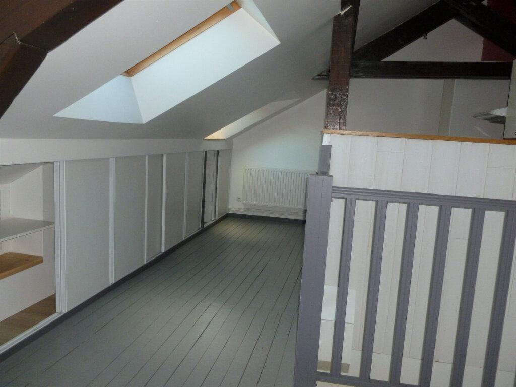 Appartement à louer 3 63m2 à Reims vignette-6