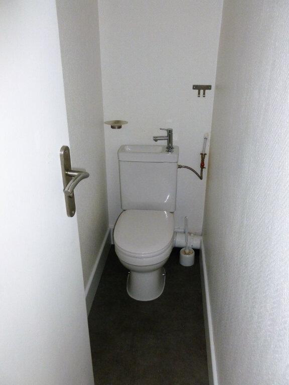 Appartement à louer 3 63m2 à Reims vignette-11