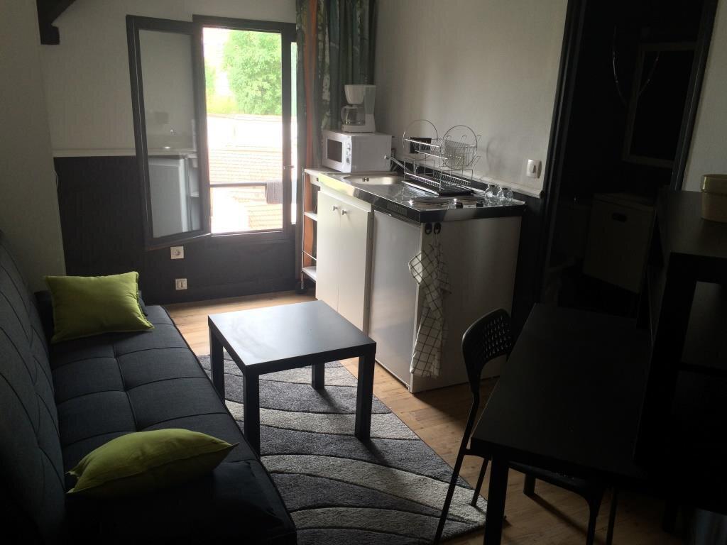 Appartement à louer 1 11m2 à Reims vignette-3