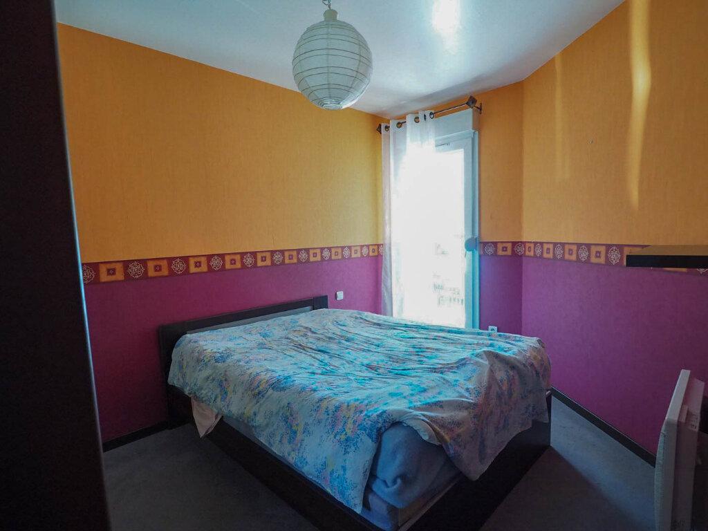 Appartement à vendre 4 68m2 à Reims vignette-7