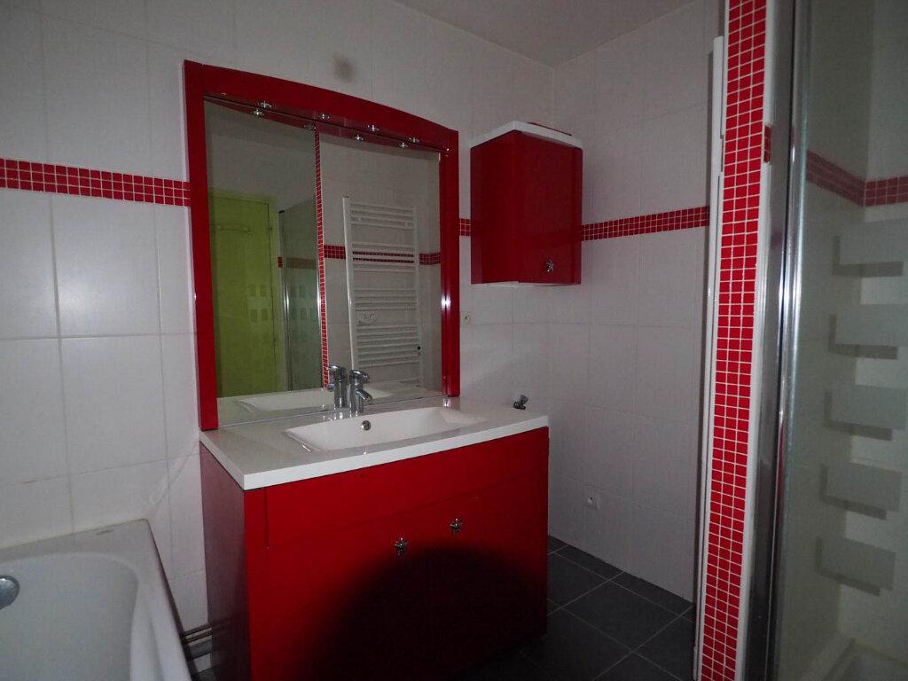 Appartement à vendre 4 68m2 à Reims vignette-8