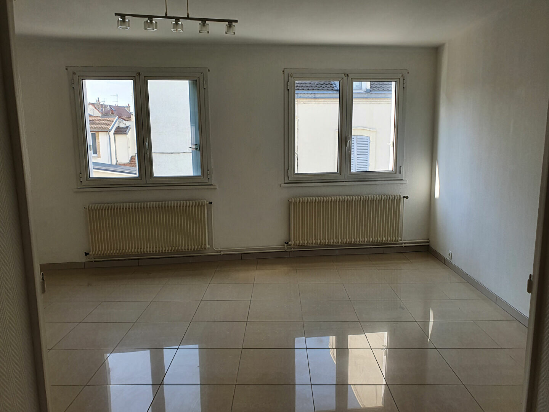 Appartement à louer 4 91.55m2 à Reims vignette-2