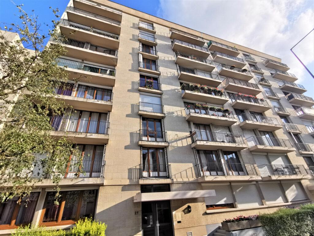 Appartement à louer 3 68m2 à Reims vignette-10
