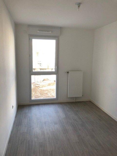 Appartement à louer 3 66.7m2 à Bezannes vignette-6
