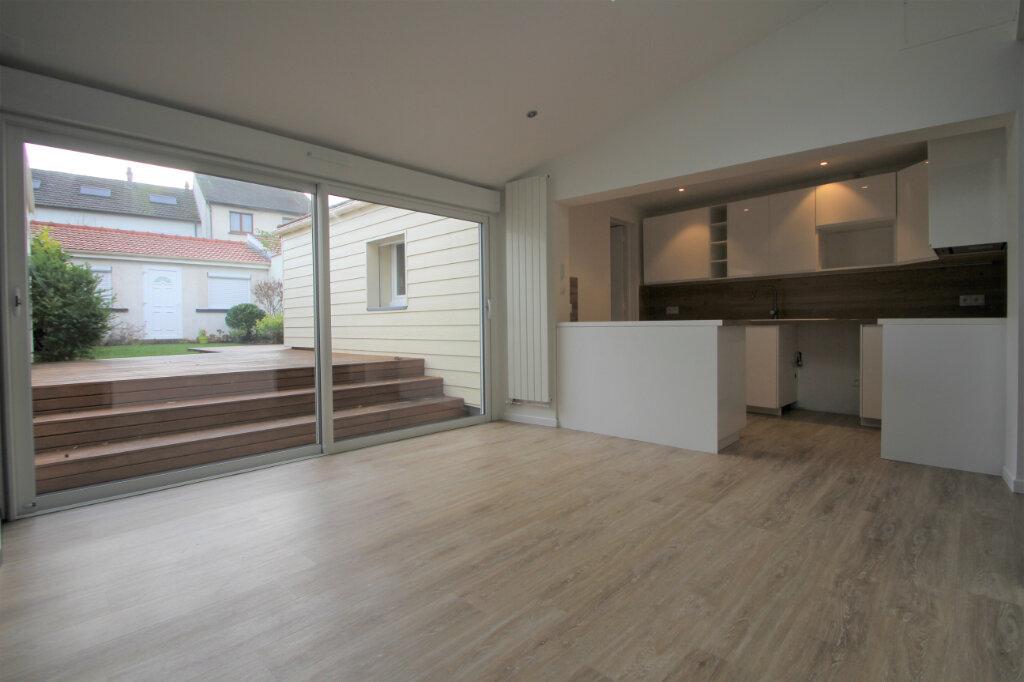 Maison à vendre 6 130m2 à Reims vignette-2