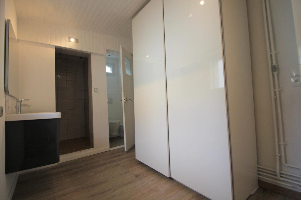 Maison à vendre 6 130m2 à Reims vignette-4