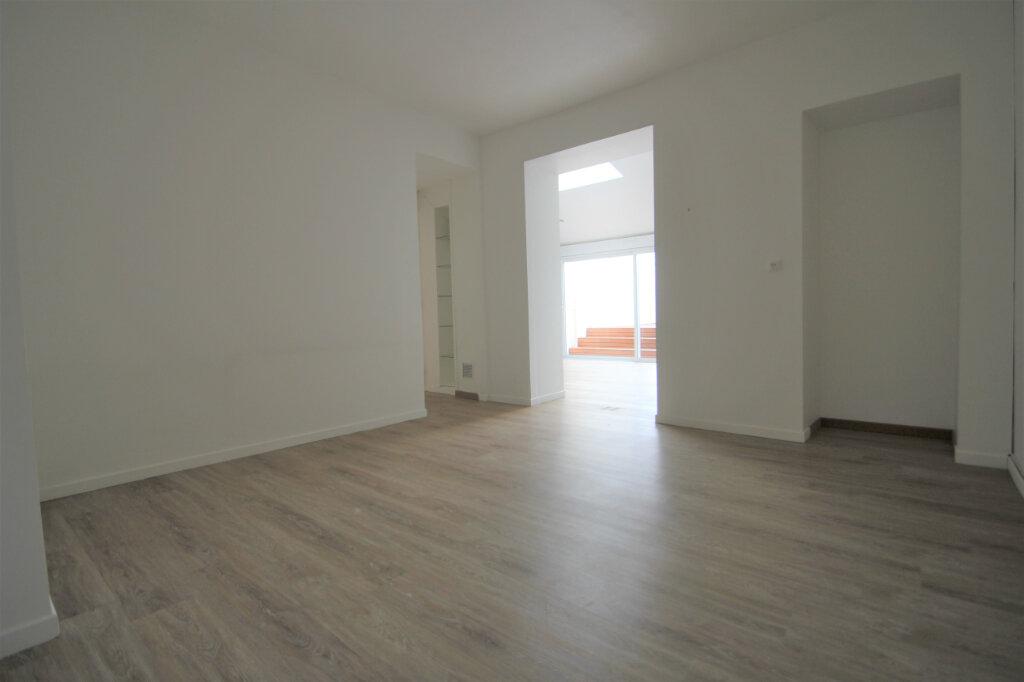 Maison à vendre 6 130m2 à Reims vignette-6