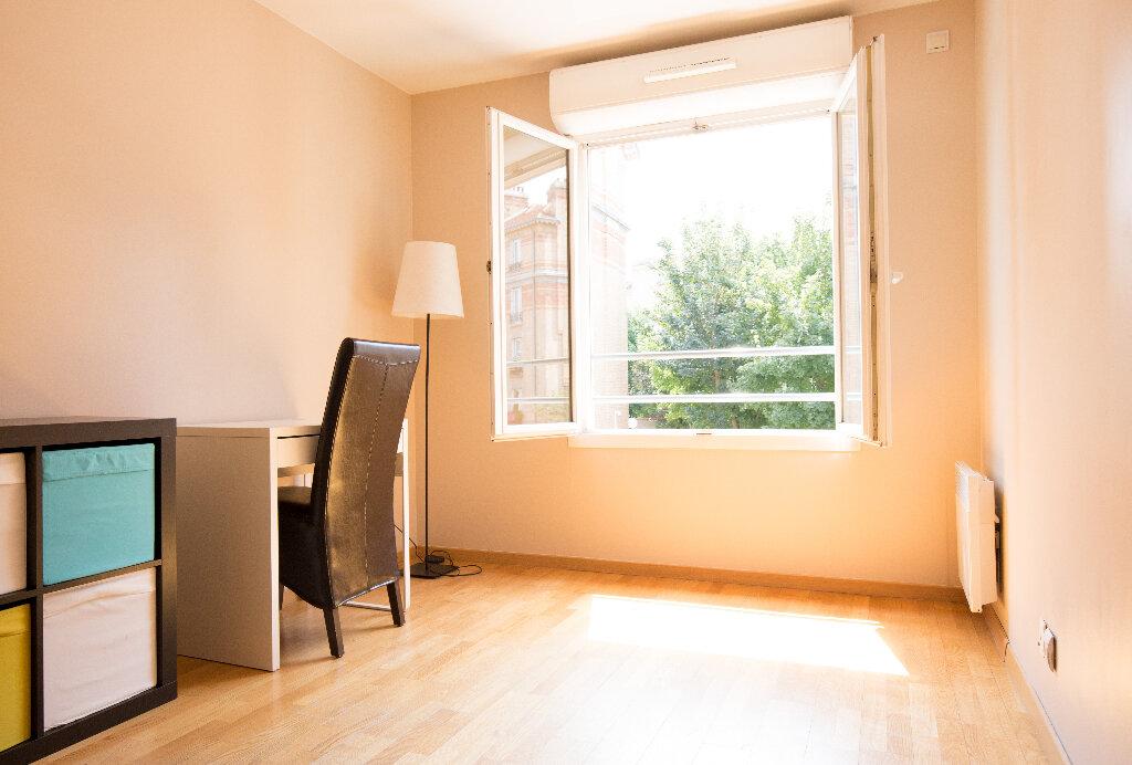 Appartement à louer 5 108.54m2 à Suresnes vignette-5