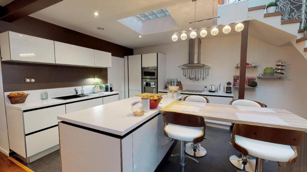 Maison à vendre 5 180m2 à Rueil-Malmaison vignette-6