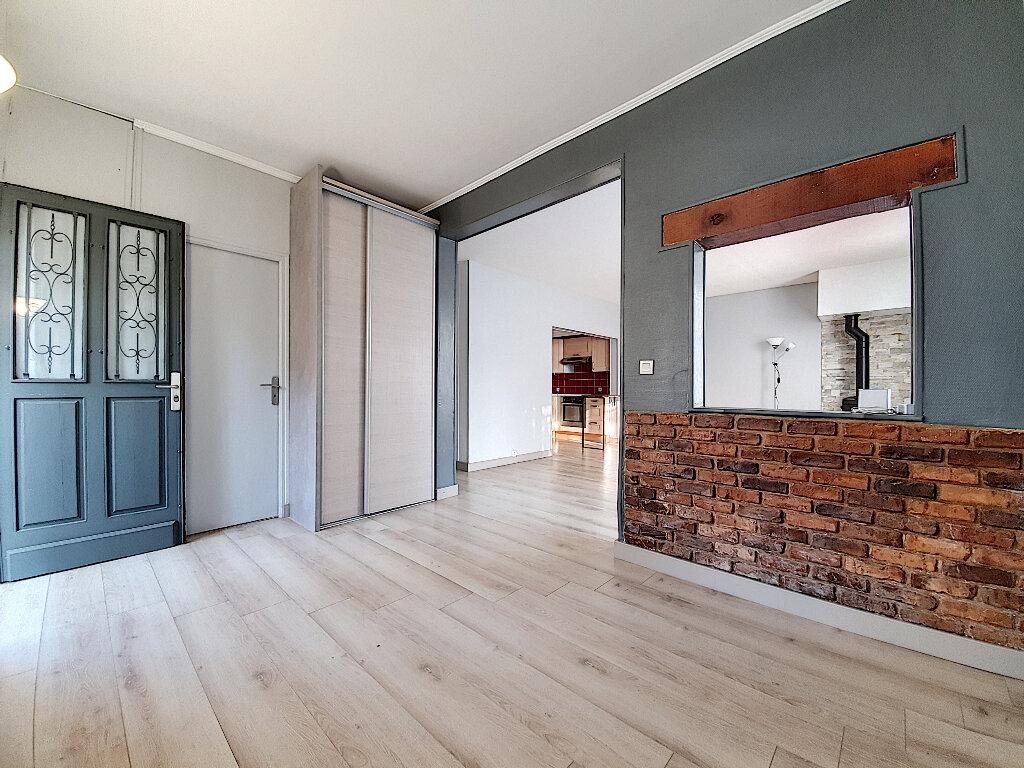 Maison à vendre 5 90.11m2 à Nanterre vignette-1