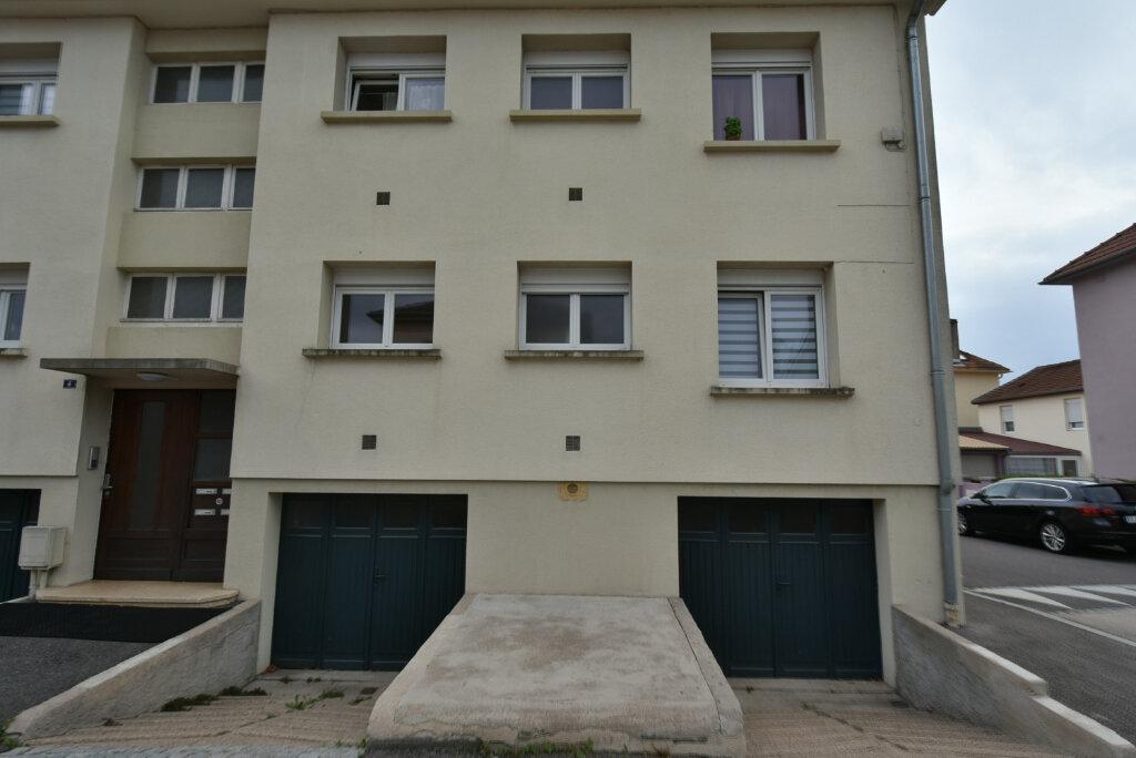 Appartement à louer 3 57.03m2 à Hettange-Grande vignette-6