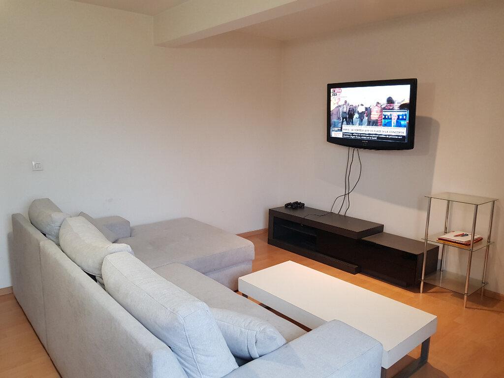 Appartement à louer 2 48.55m2 à Thionville vignette-1