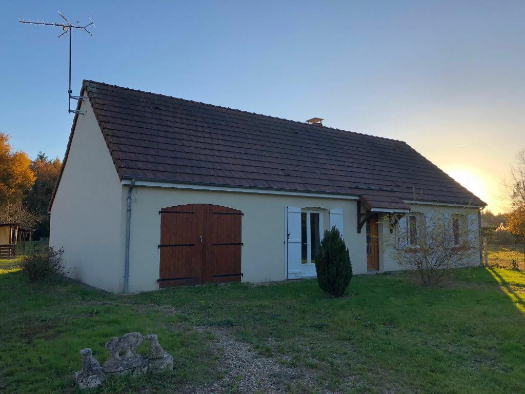 Maison à louer 5 90m2 à Selles-Saint-Denis vignette-1