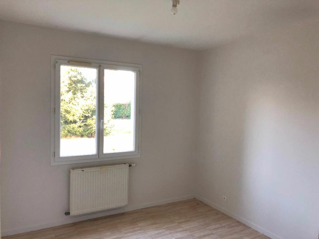Maison à louer 5 90m2 à Selles-Saint-Denis vignette-4