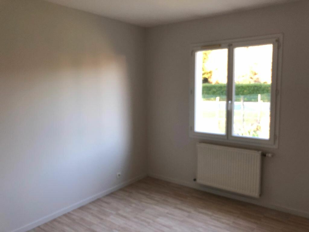 Maison à louer 5 90m2 à Selles-Saint-Denis vignette-5
