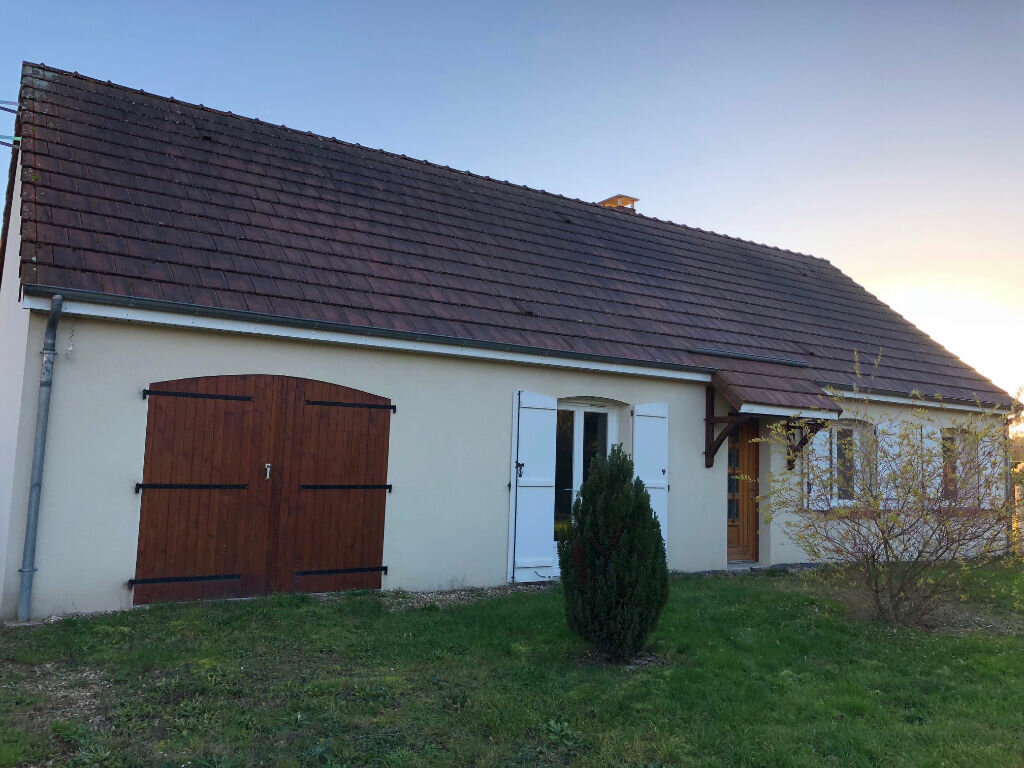 Maison à louer 5 90m2 à Selles-Saint-Denis vignette-6