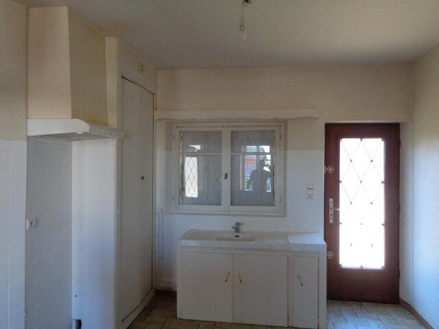 Maison à louer 6 145m2 à Salbris vignette-4