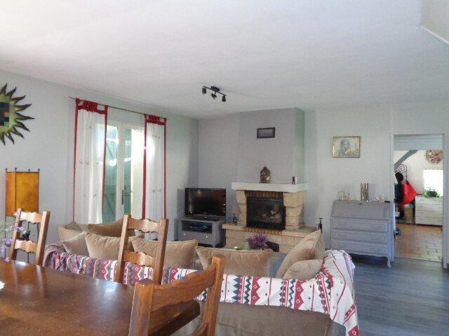 Maison à vendre 6 110m2 à Salbris vignette-2