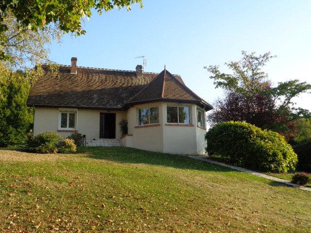 Maison à vendre 6 180m2 à La Chapelle-Montmartin vignette-1