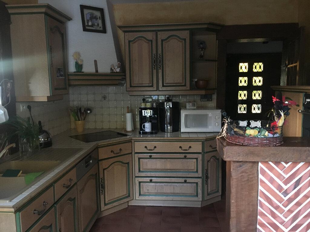 Maison à vendre 6 180m2 à La Chapelle-Montmartin vignette-6