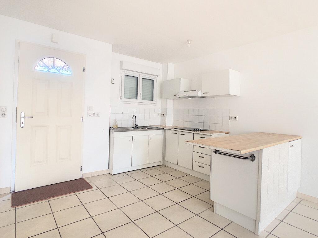 Appartement à louer 2 56.2m2 à Salbris vignette-1