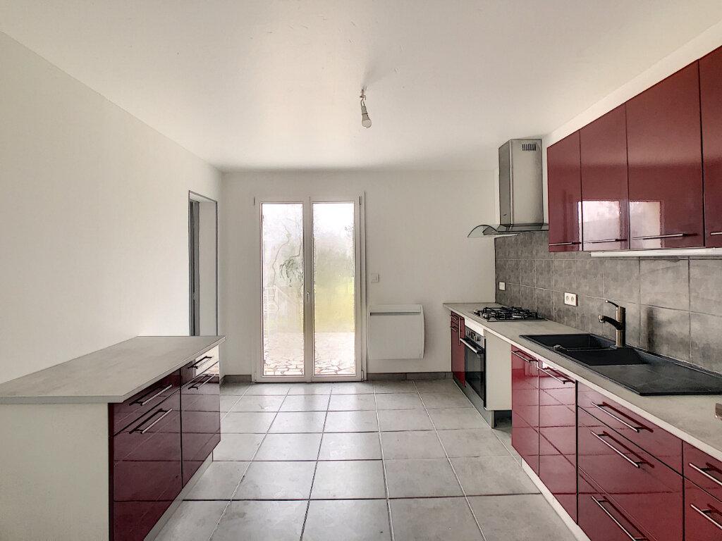 Maison à louer 5 103.5m2 à Mont-près-Chambord vignette-4