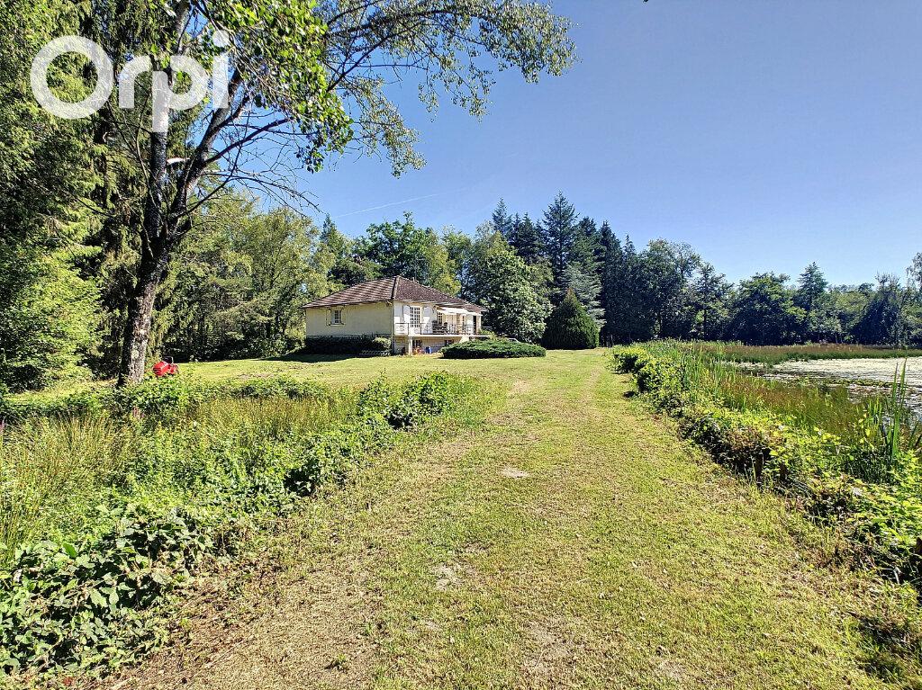 Maison à vendre 5 112m2 à Neuvy-sur-Barangeon vignette-9