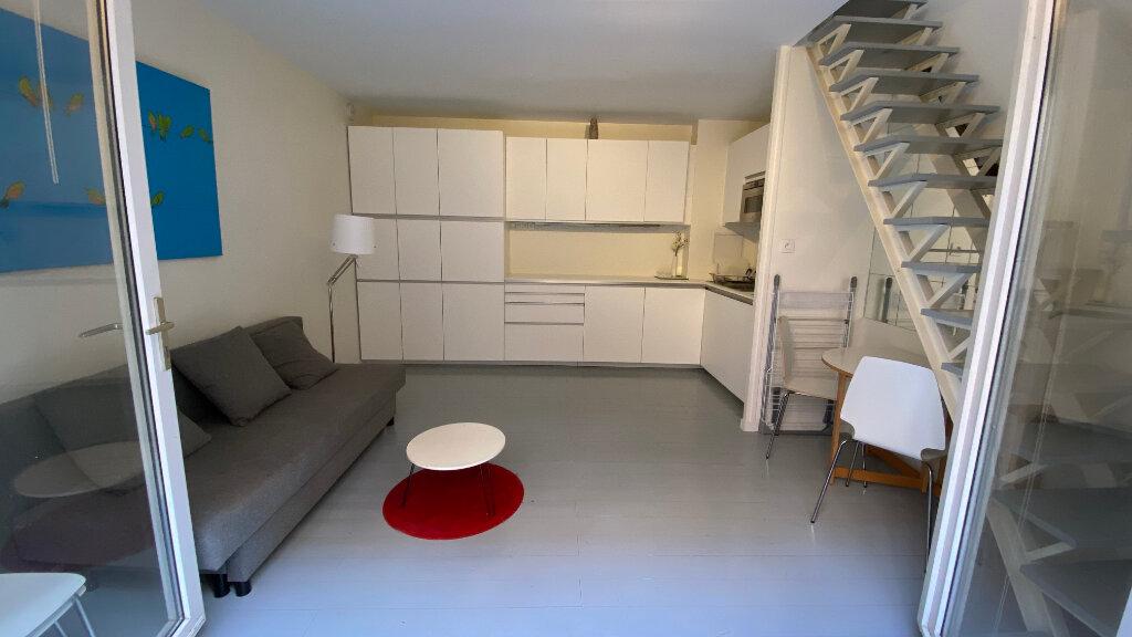 Appartement à louer 2 40m2 à Paris 12 vignette-2