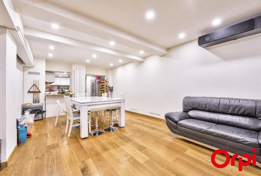 Appartement à vendre 4 91.5m2 à Paris 12 vignette-1